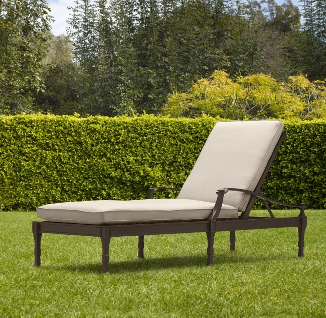 Antibes Chaise