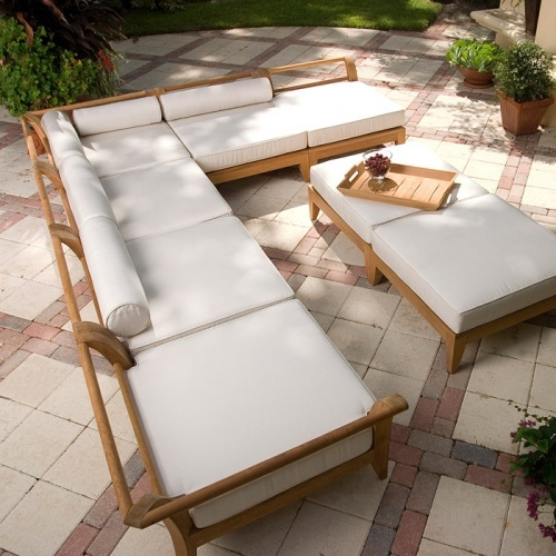 Aman Dais 8 pc Daybed