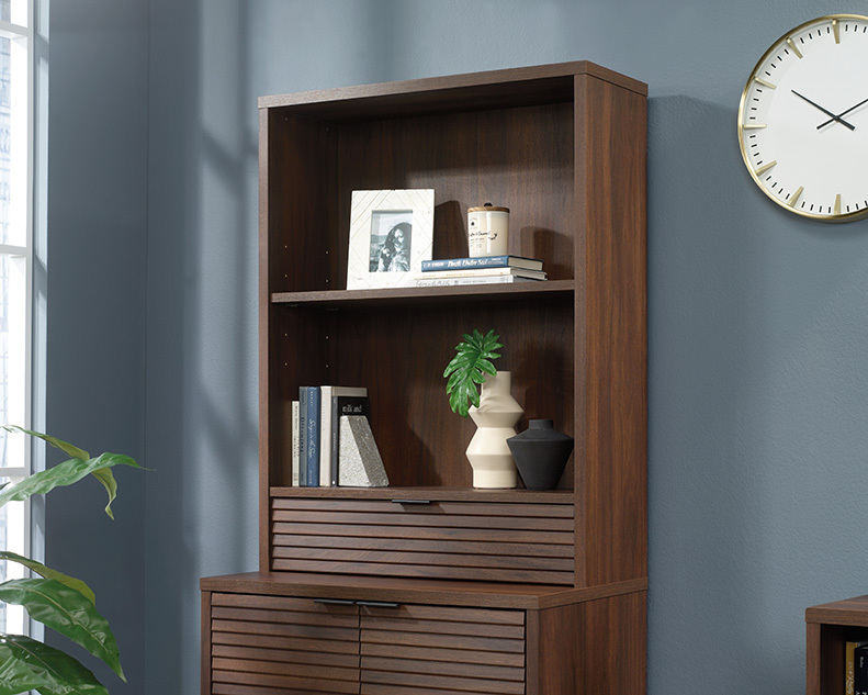 Englewood Library Hutch