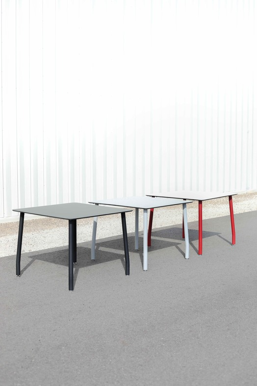 Outdoor Tables Carousel Image