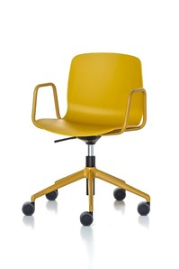 Marte Alfa 5 star base in aluminium with armrests office1