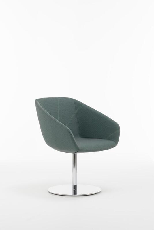 Folha Small Armchair with Stainless Steel Swivel Base